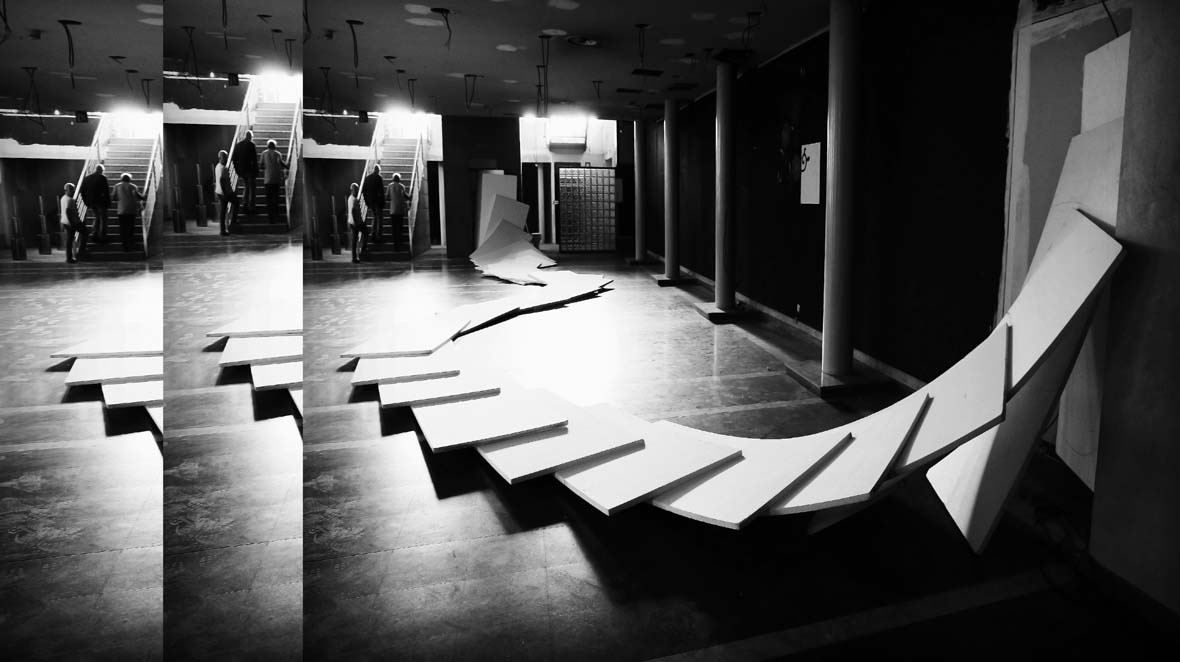 """Art Installation """"Space transform in to time"""". Spaces Exhibition. Madrid."""